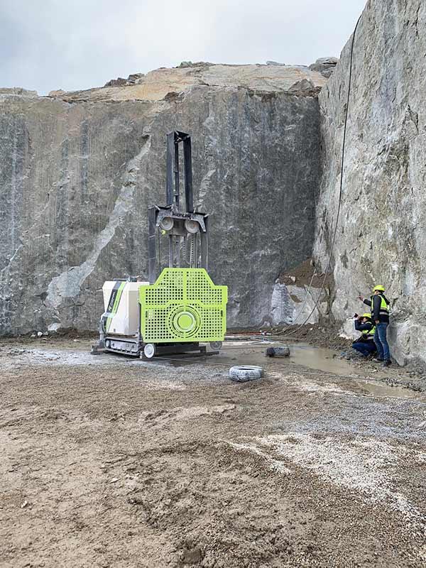 MFR – Mobile Diamant Seilsäge auf Raupenunterfahrgestell